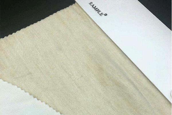蚕丝被应该怎么清洗-蚕丝纱线