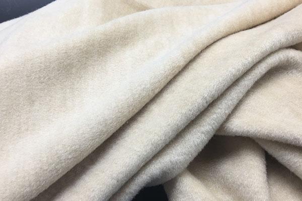 传统淡季 蚕丝纱线市场行情是否走淡?价格